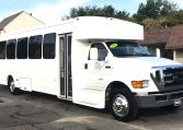 Ford F-650 shuttle bus by Starcraft